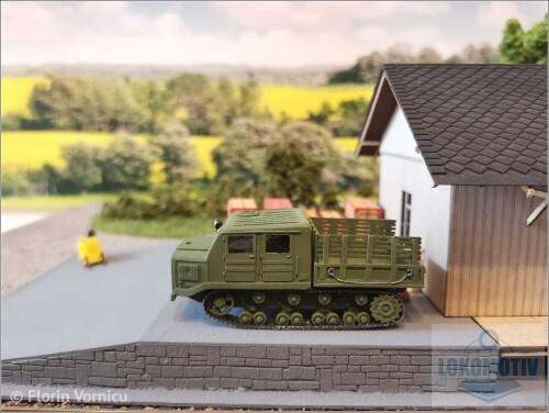 Tractoare-de-artilerie-AT-S-712-693c28c73613d29d1.jpg