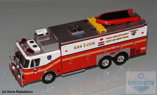 64-FDNY-E-One-Heavy-Rescue-1999-1.jpg